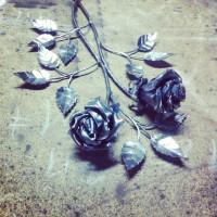 Розы кованые 2 шт.